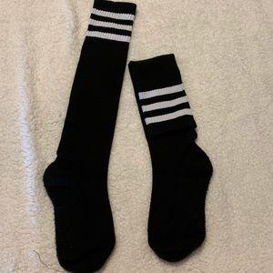 Sporty Stripped Knee High socks